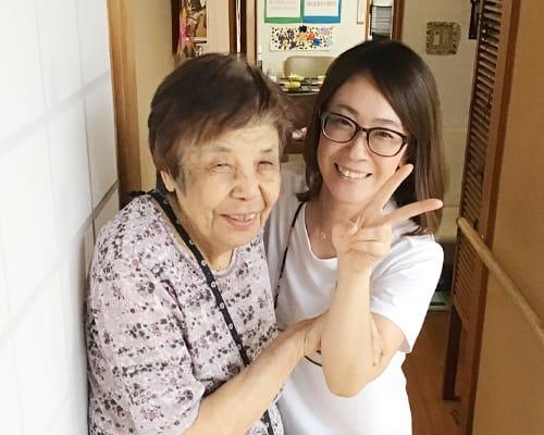 島田黒石笑顔